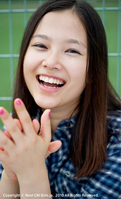 楽しそうに笑う顔も可愛い草刈麻有